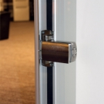 Available glass door self-closing hinge