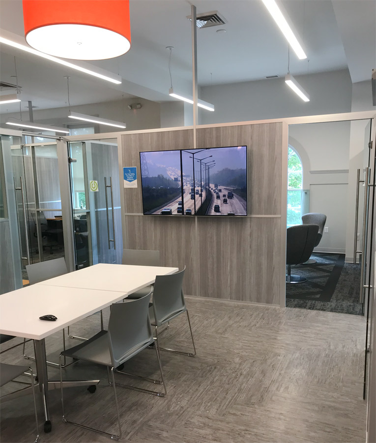 Freestanding Modular Conference Room Walls with Top Power Infeed