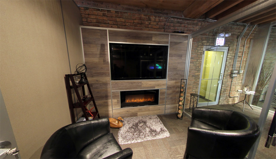 Laminate Plank Wall with Mounted TV (Flex Series)