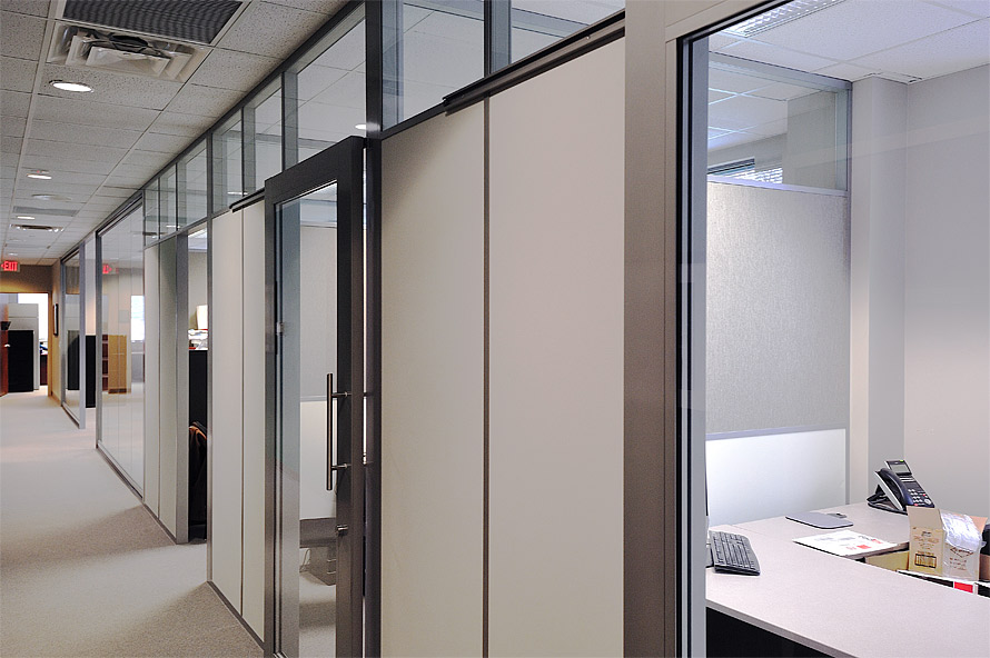Flex series offices with tackable fabric side walls