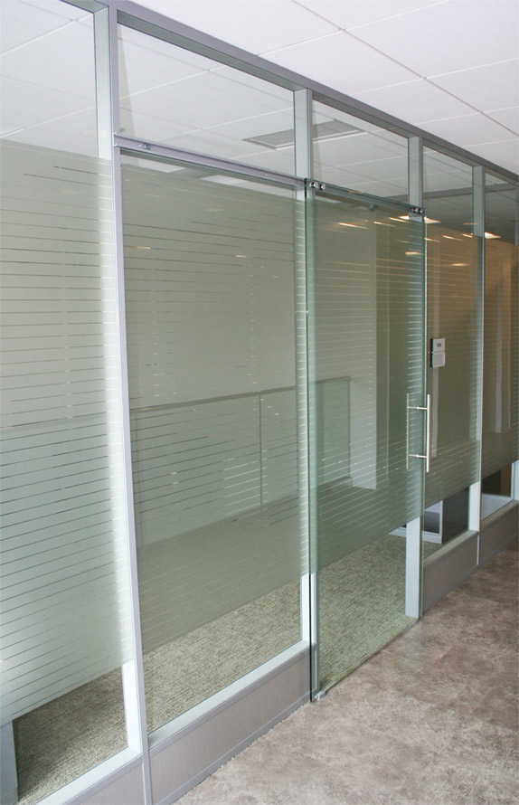 Nxtwall glass fronts glass wall panels and glass butt for Sliding glass wall systems