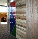 Flex series sustainable wood pallet interior walls