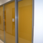 Glass demountable walls with shadow box effect