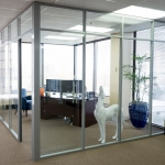 Glass wall corner office - Flex series