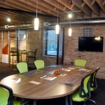 Glass conference room at NxtWall Chicago demountable walls showroom