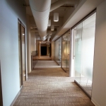 NxtWall view series corridor front glass