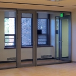 Aluminum door with glass fronts - View Series