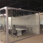 Glass conference room freestanding View series
