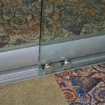 View series glass door roller detail