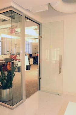 Amazing Advantages Of Interior Glass Doors Frameless ...