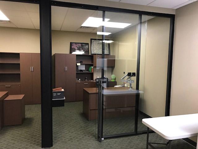 Black Color Match Flex Series Aluminum Private Offices