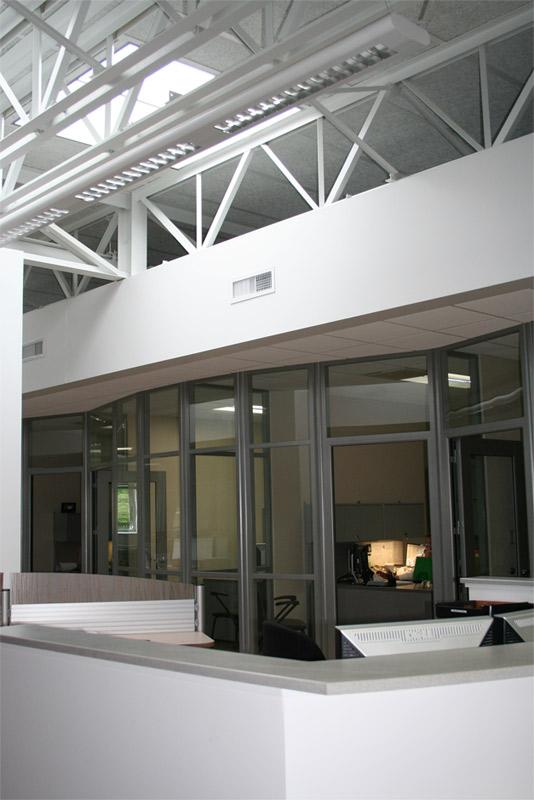 Flex Series MSU Curved Wall Glass Application with Radius Corner Posts