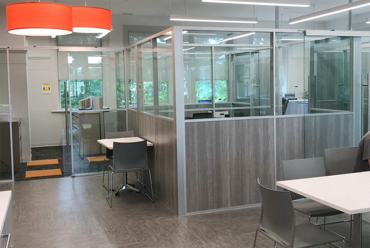 Flex Series Modular Laminate and Glass Freestanding Offices
