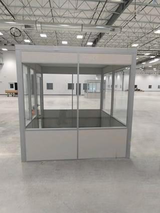 Flex Series freestanding supervisor office