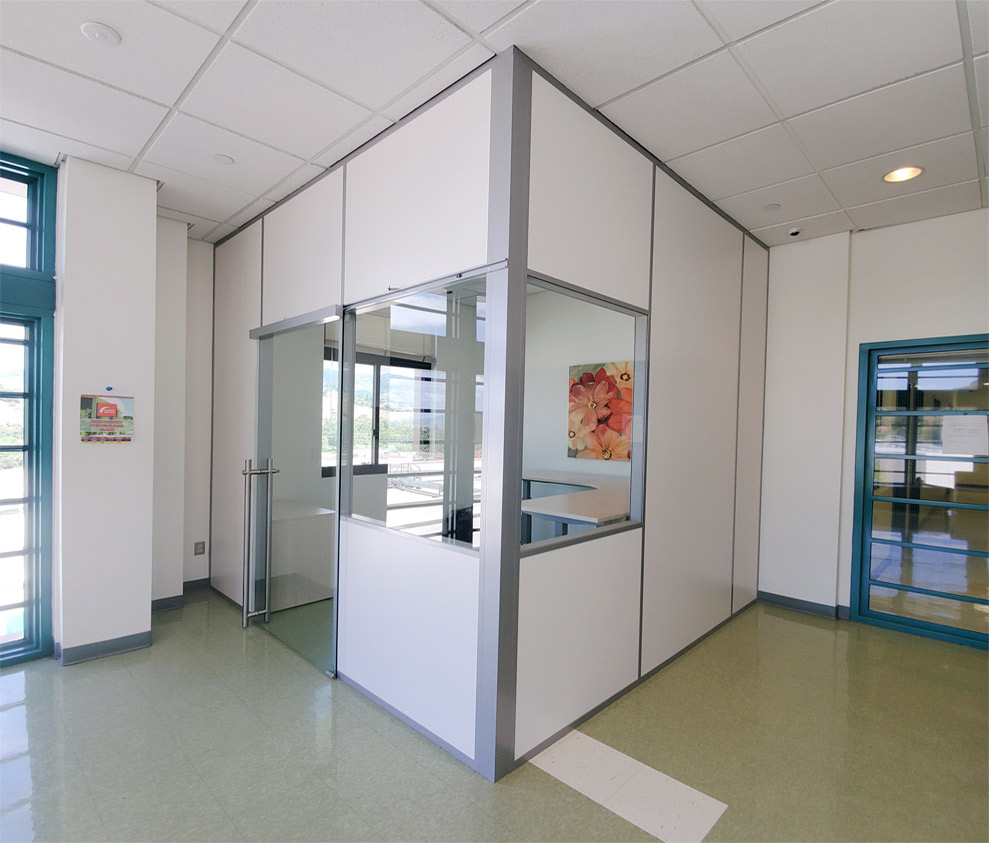 Education Office with Powered Flex Series Demountable Walls