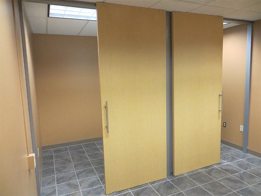 Double solid sliding doors flex series