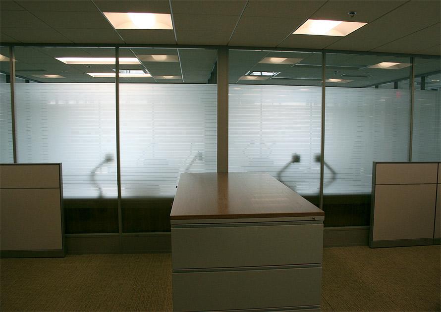 Flex series offices with bottom modular power