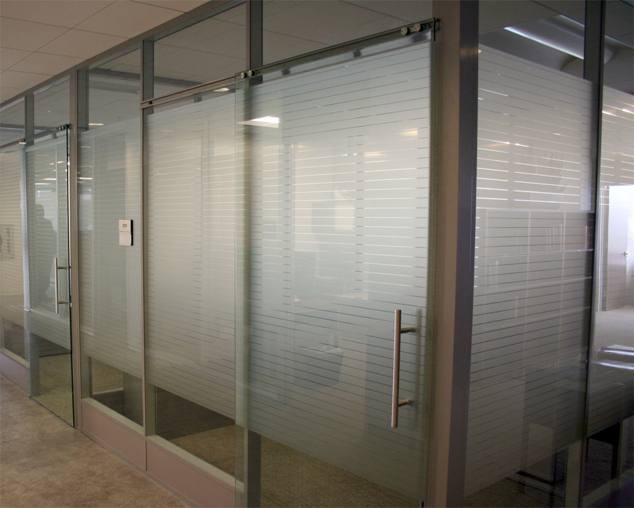 Frameless Glasses Dubai : Flex Series - NxtWall