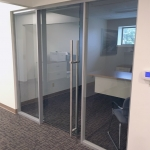 Flex Glass Wall with Locking Glass Door Bar Pull