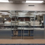 School cafeteria demountable walls Flex Series with locking sliding doors