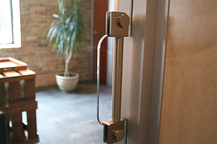 Sliding door stainless flush pull