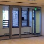 Aluminum door with glass fronts - View Series